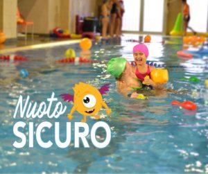 nuoto sicuro divertente