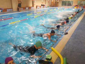 gruppo calze piscina